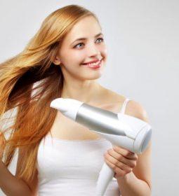 Πιστολάκι και ίσιωμα μαλλιών